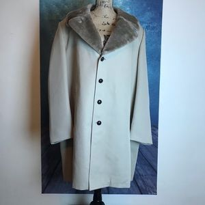 LONDON FOG Beige Cream Long Coat Fur Size 46